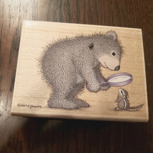 MAGNIFY GRUFFIES BEAR & CHIPMUNK SCRAPBOOK STAM